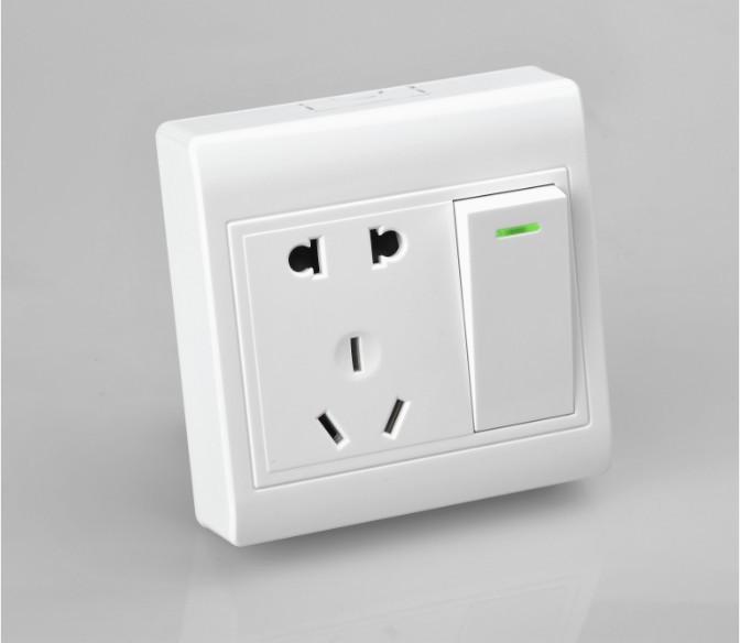 施工中五孔插座接线注意事项!